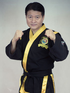 Großmeister Yeo (9. Dan, Kyeok Too Ki)