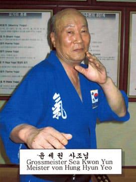 Großmeister Sae-Kwon Yun (oder Yoon) (9. Dan, Hapkido)