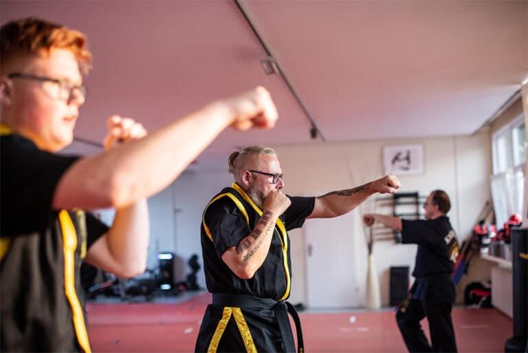 Kampfsport In Unna - Aufwärmung
